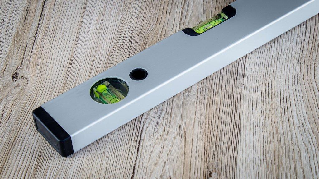 Bauer Maßstabfabrik - Hersteller von Zollstöcken und Messwerkzeugen - Wasserwaage Magneto