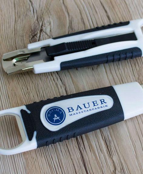 Bauer Maßstabfabrik - Hersteller von Zollstöcken und Messwerkzeugen - Cuttermesser CM6300