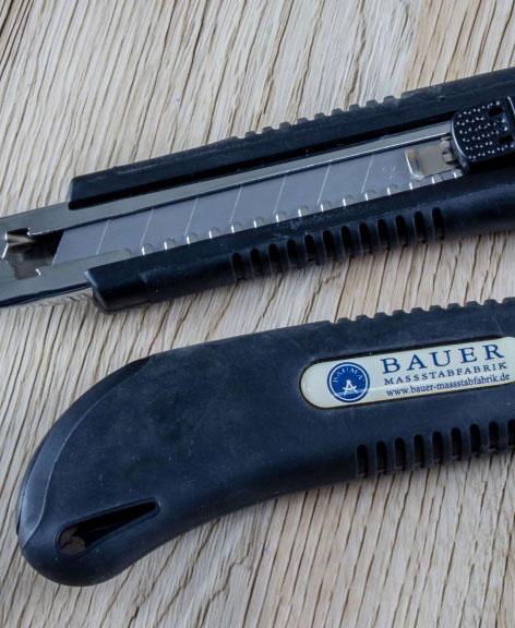Bauer Maßstabfabrik - Hersteller von Zollstöcken und Messwerkzeugen - Cuttermesser CM7200