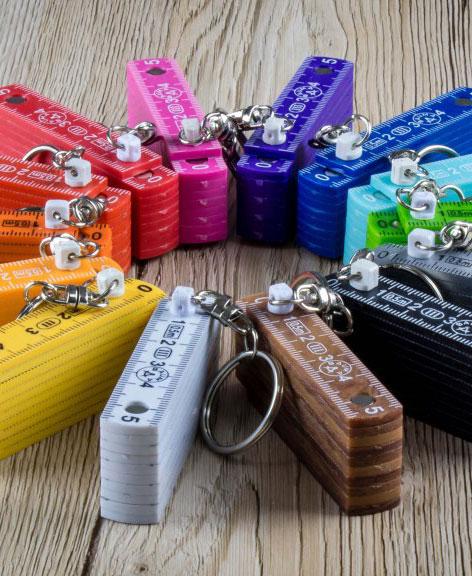 Bauer Maßstabfabrik - Hersteller von Zollstöcken und Messwerkzeugen - Funkys