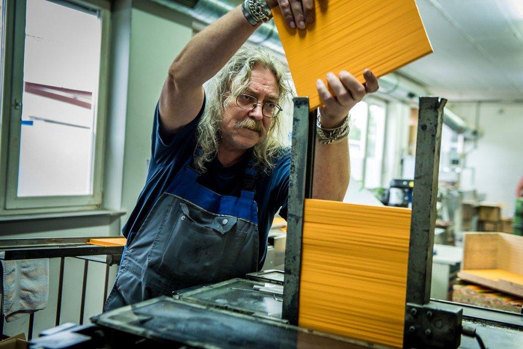 Bauer Maßstabfabrik - Hersteller von Zollstöcken und Messwerkzeugen - Bildergalerie